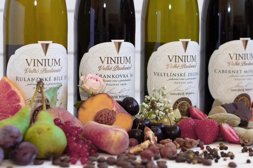 06-m-exclusive-vinium