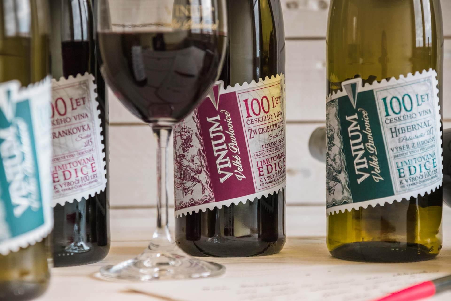 Foto ke článku 2, přívlastkové víno, VINIUM, bílé víné, červené víno