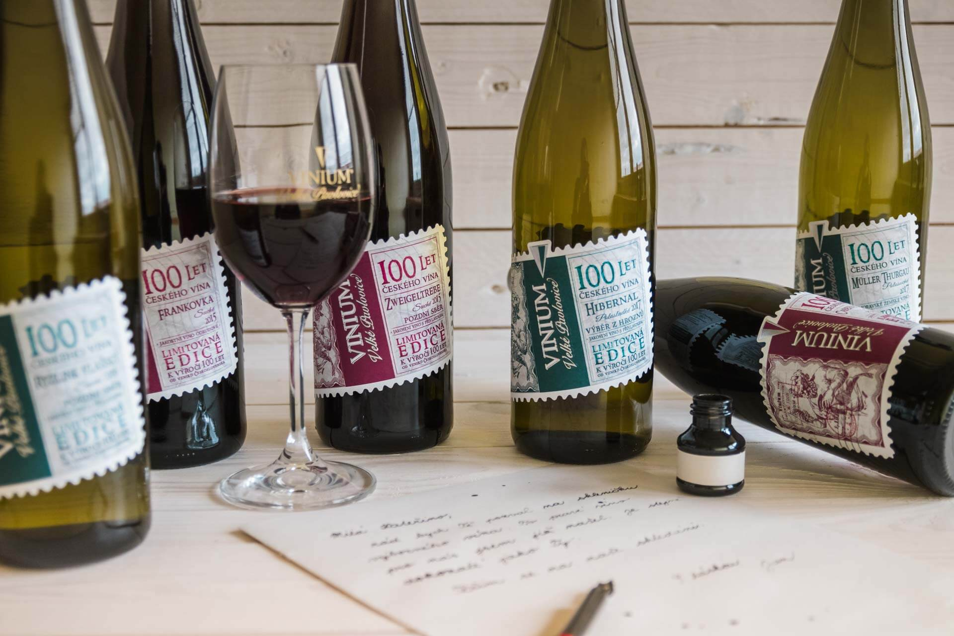 Foto ke článku 3, přívlastkové víno, VINIUM, bílé víné, červené víno