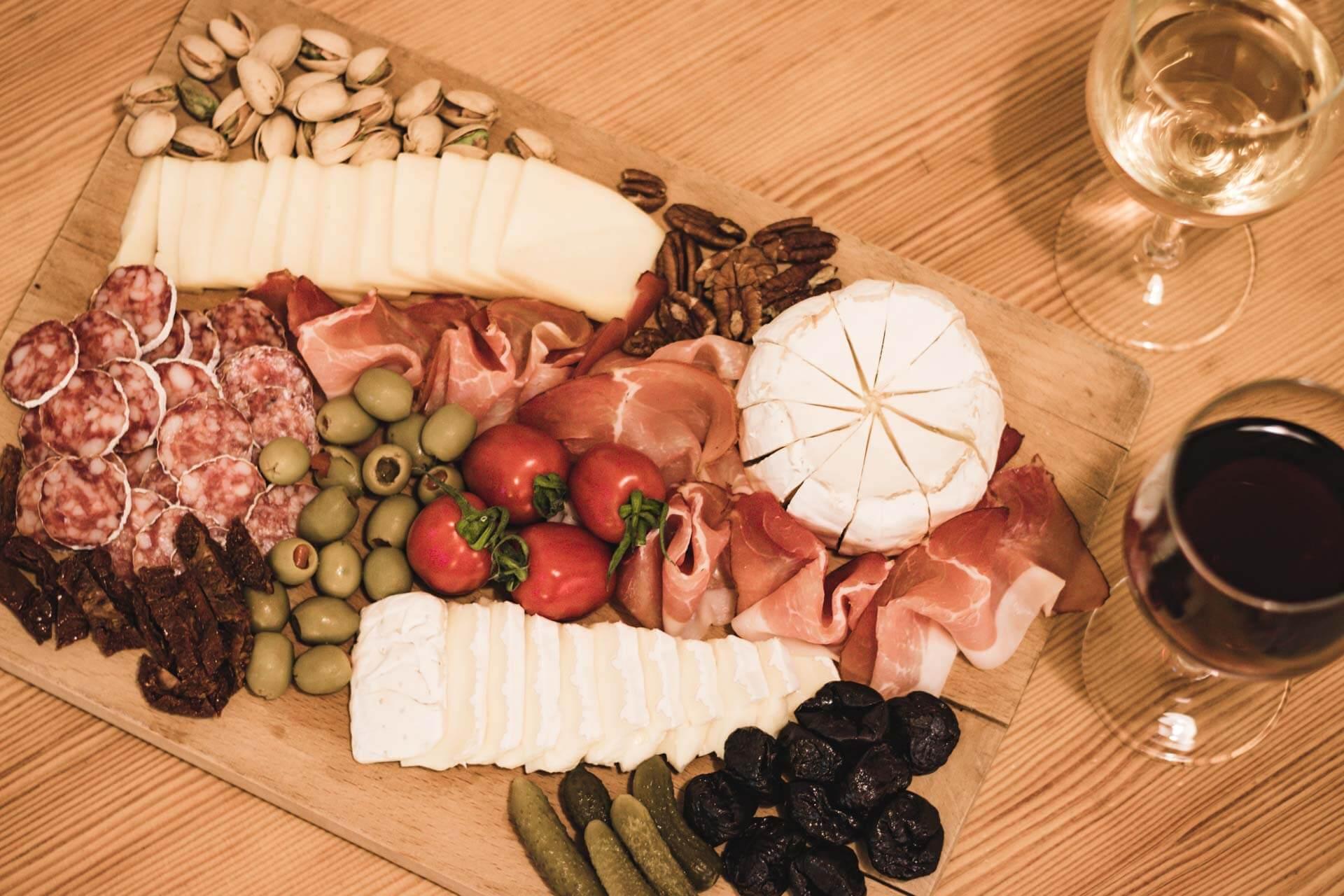 Foto ke článku 6, Silvestr, dobroty, jídlo, tapas, víno, VINIUM