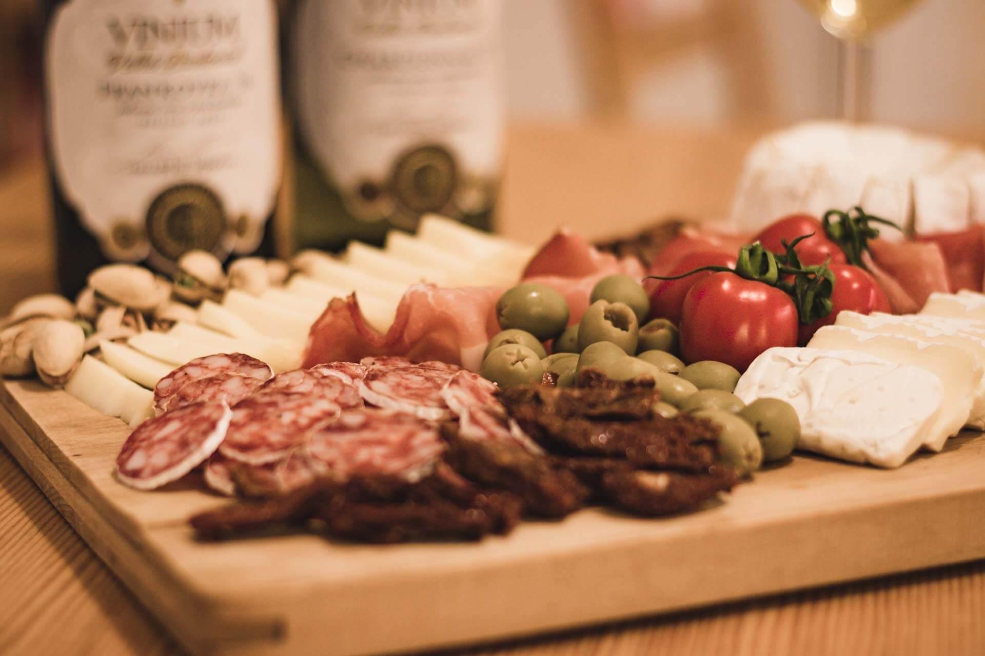 Foto ke článku 7, Silvestr, dobroty, jídlo, tapas, víno, VINIUM