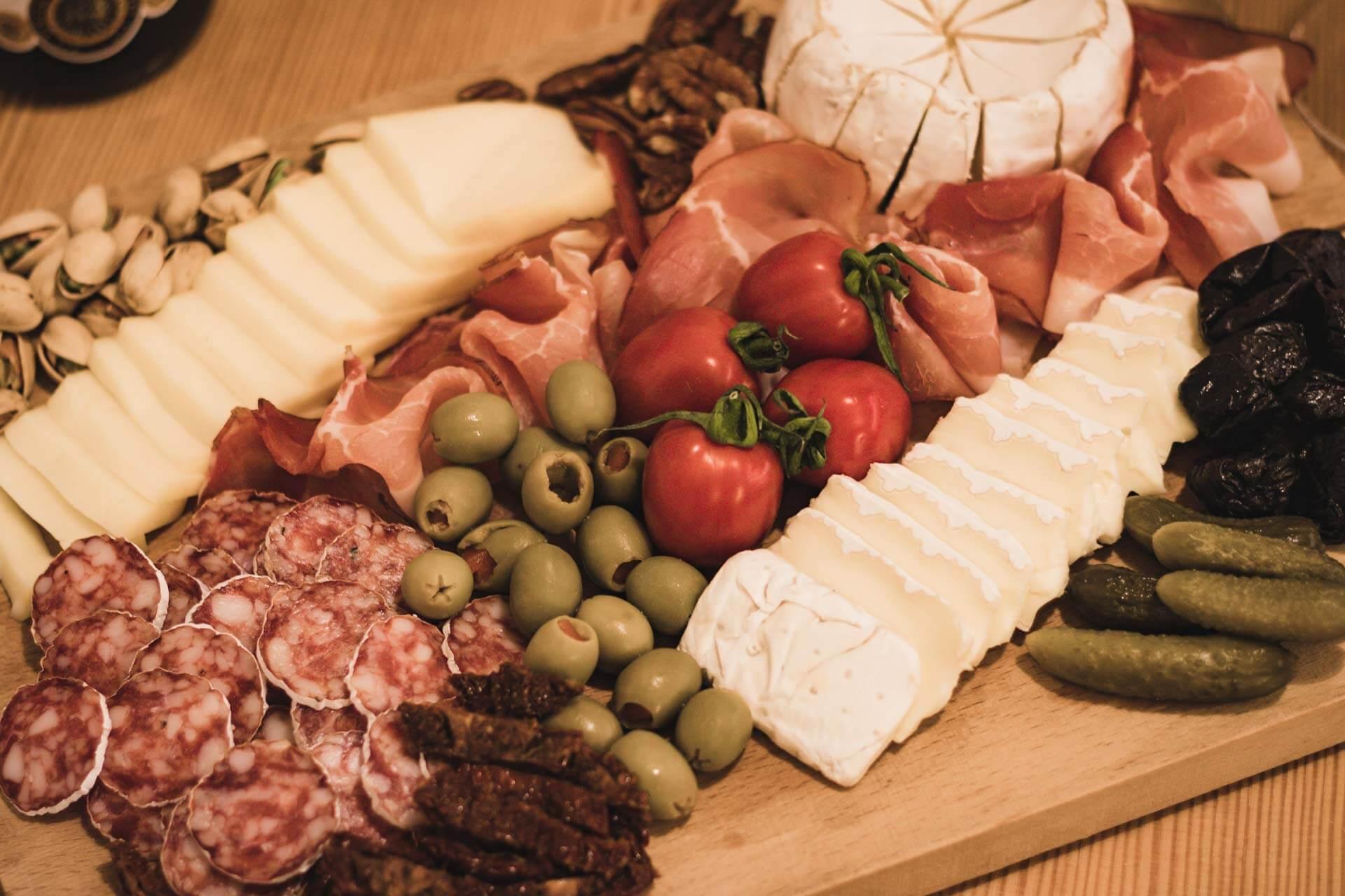 Foto ke článku 9, Silvestr, dobroty, jídlo, tapas, víno, VINIUM