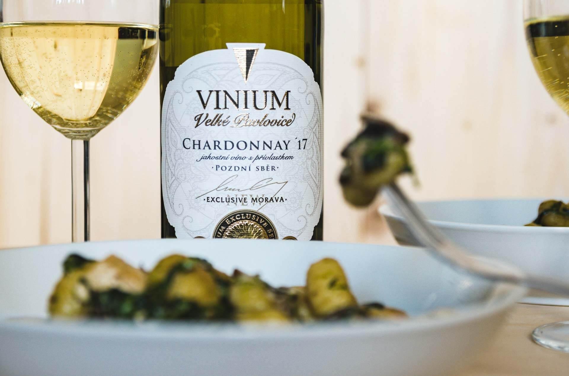 gnochi se špěnátem, víno, Chardonnay, VINIUM, foto ke článku 5
