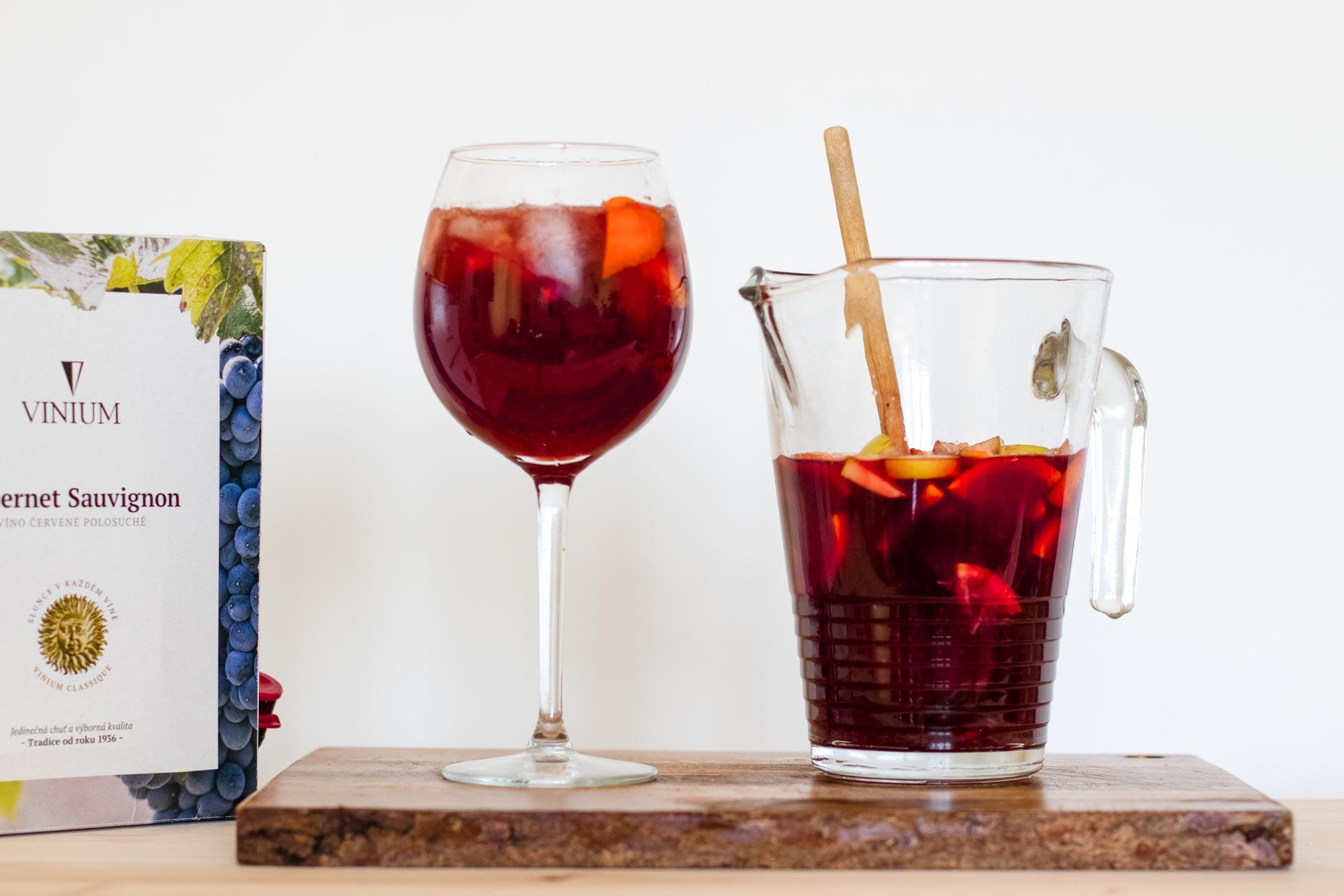 Sangria, recept, červené víno, drink, VINIUM Velké Pavlovice