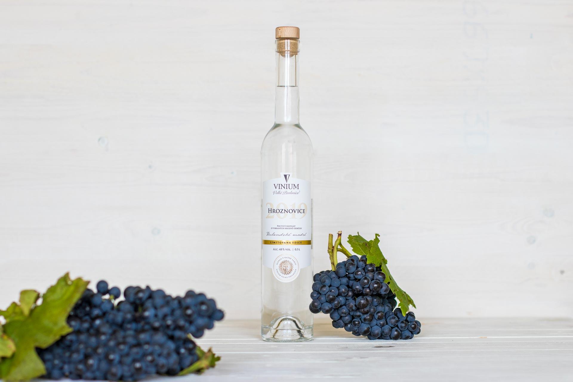 Hroznovice, Rulandské modré, VINIUM Velké Pavlovice, destilát