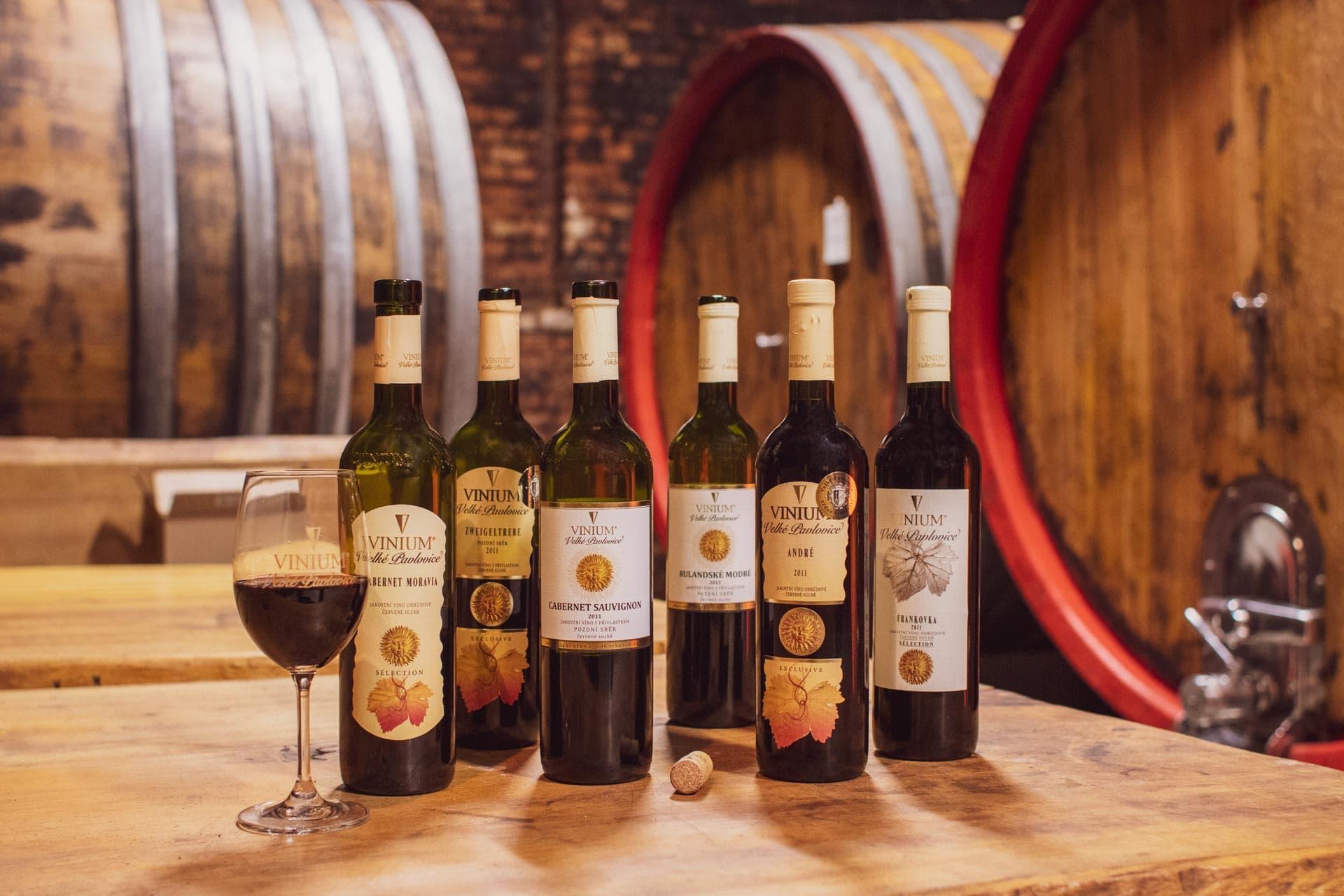 archivní víno, přívlastkové víno, červené víno, VINIUM